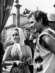 Elisabeth Taylor Cleopatra stills 07