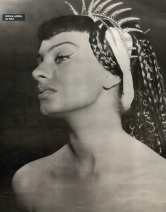 Sophia Loren Due notti con Cleopatra 1953 01