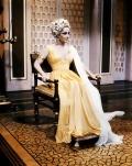 Elizabeth Taylor Cleopatra 15