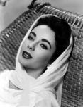Elizabeth Taylor Cleopatra 19