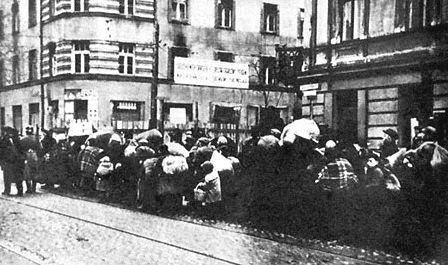 warsaw GHETTO holocaust Förintelsen_1