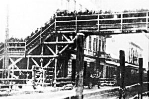 Warsaw ghetto, January 1942 Pedestrian bridge gångbro Chlodna Street_1