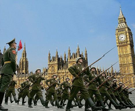 Soviet invasion of UK article-1104459-02EF4148000005DC-445_468x384